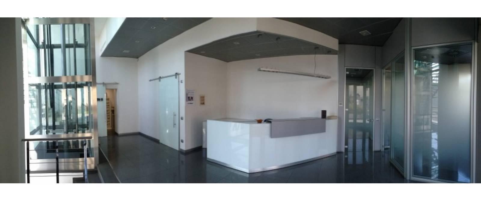 Studio colombo for Piani di capannone per uffici esterni